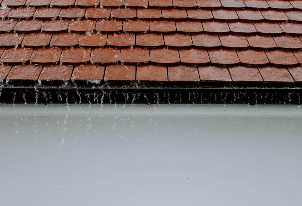 pokrycie dachowe z dachówki ceramicznej