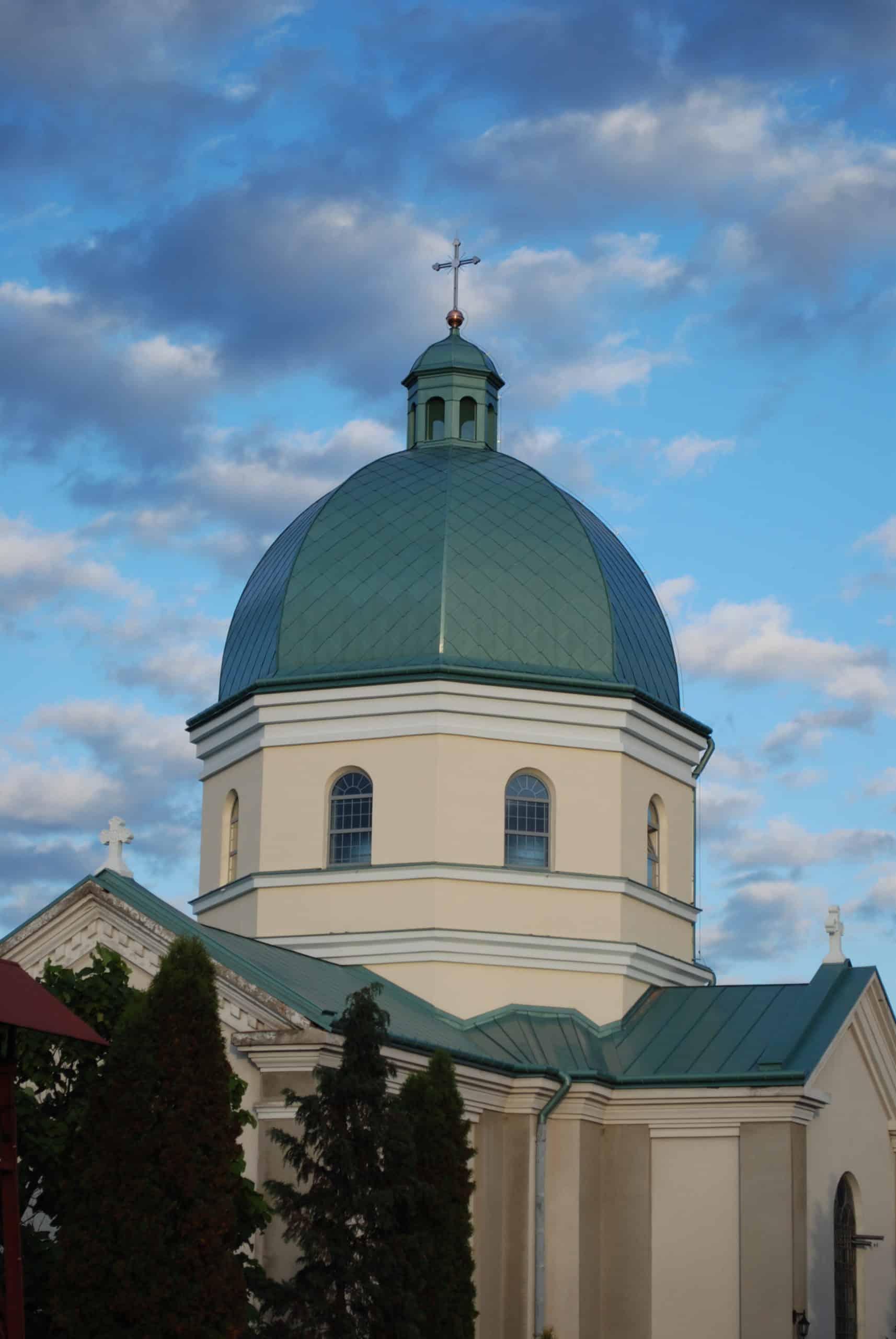 renowacja metalowej kopuły